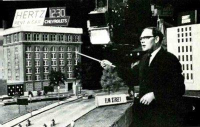 File:Michelmore Cliff dealey plaza 1967.jpg