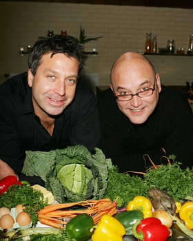 File:Masterchef goes large presenters.jpg