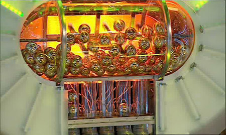 Image:goldenballs machine.jpg