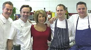 Image:Great british menu jennie and chefs.jpg