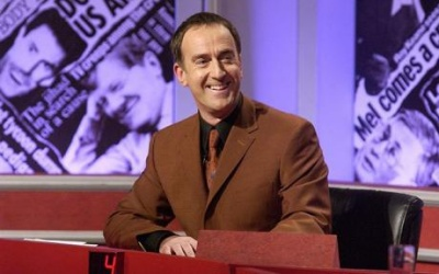 400px-Angus_deayton_looking_right_hignfy